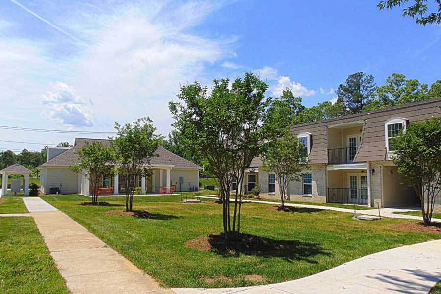 Courtyard Commons Multi-family Housing KMW Builders